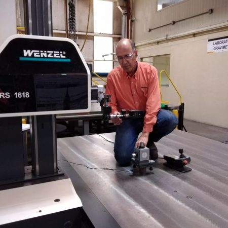 Hamar Laser's L-742 being used to align a Wenzel RS-series CMM